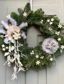 Fairytale Wreath in White